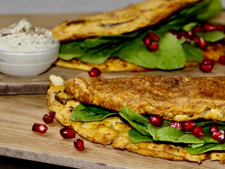 OMELETTE WITH SPINACH, SOUR CREAM AND POMEGRANATE