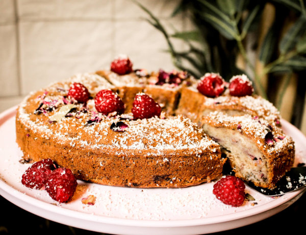 picture of vegan banana raspberry cake