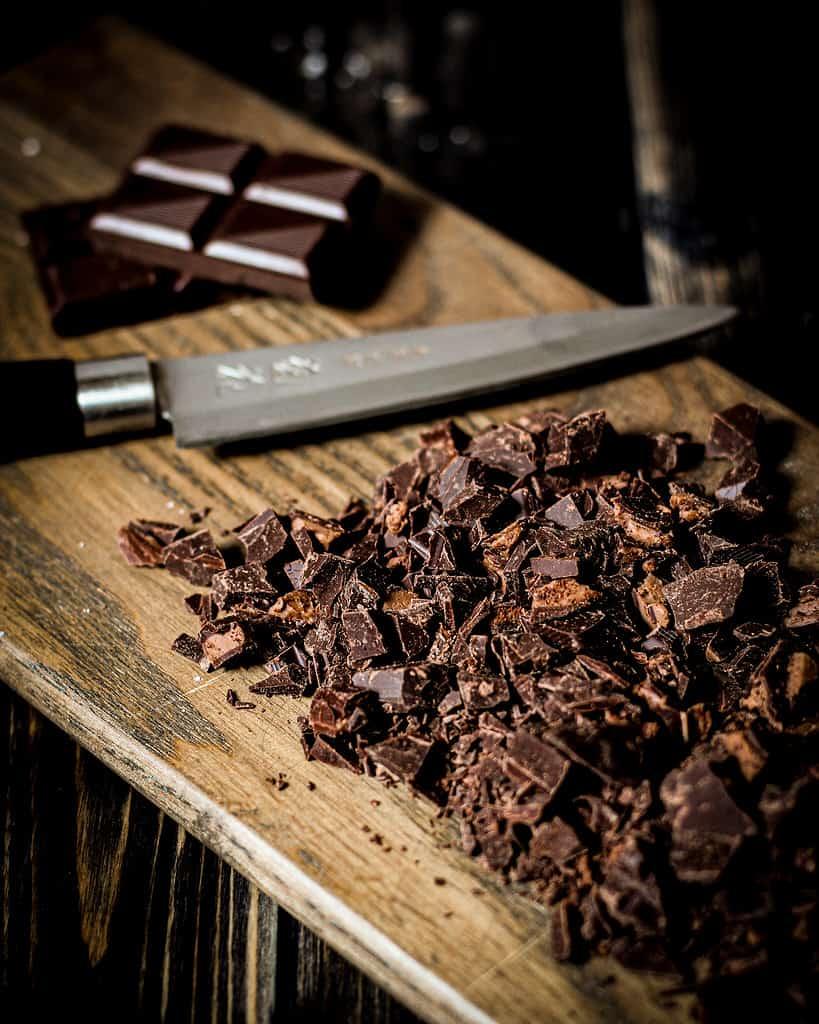 Bild von Schokolade für die veganen Death by Chocolate & Irish Cream Muffins
