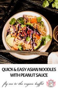 Basic recipe for asian noodles with peanut sauce, ready in 20 minutes, with ingredients from the supermarket, no kitchen machines needed, many variations