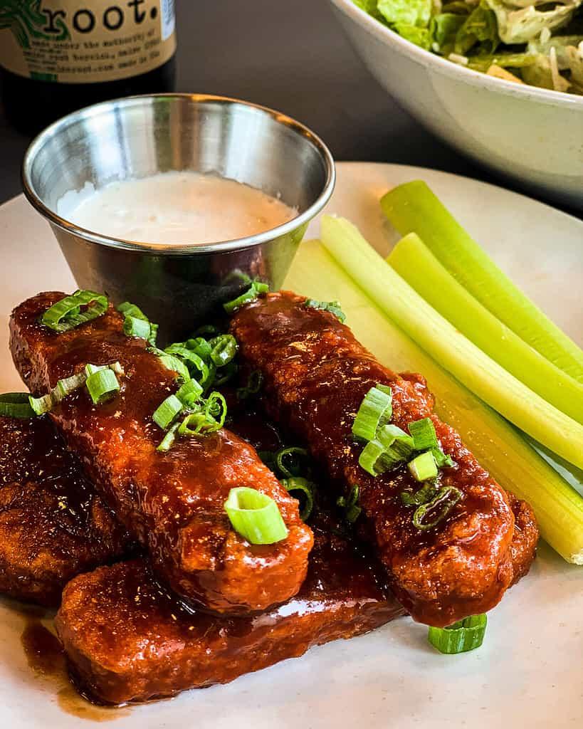 vegan BBQ wings at veggie grill in L. A.