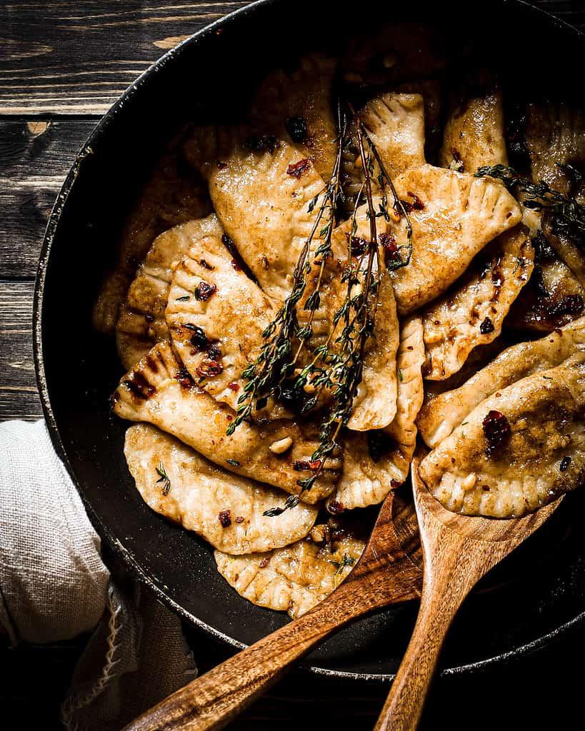 Picture of vegan butternut mushroom ravioli in the skillet