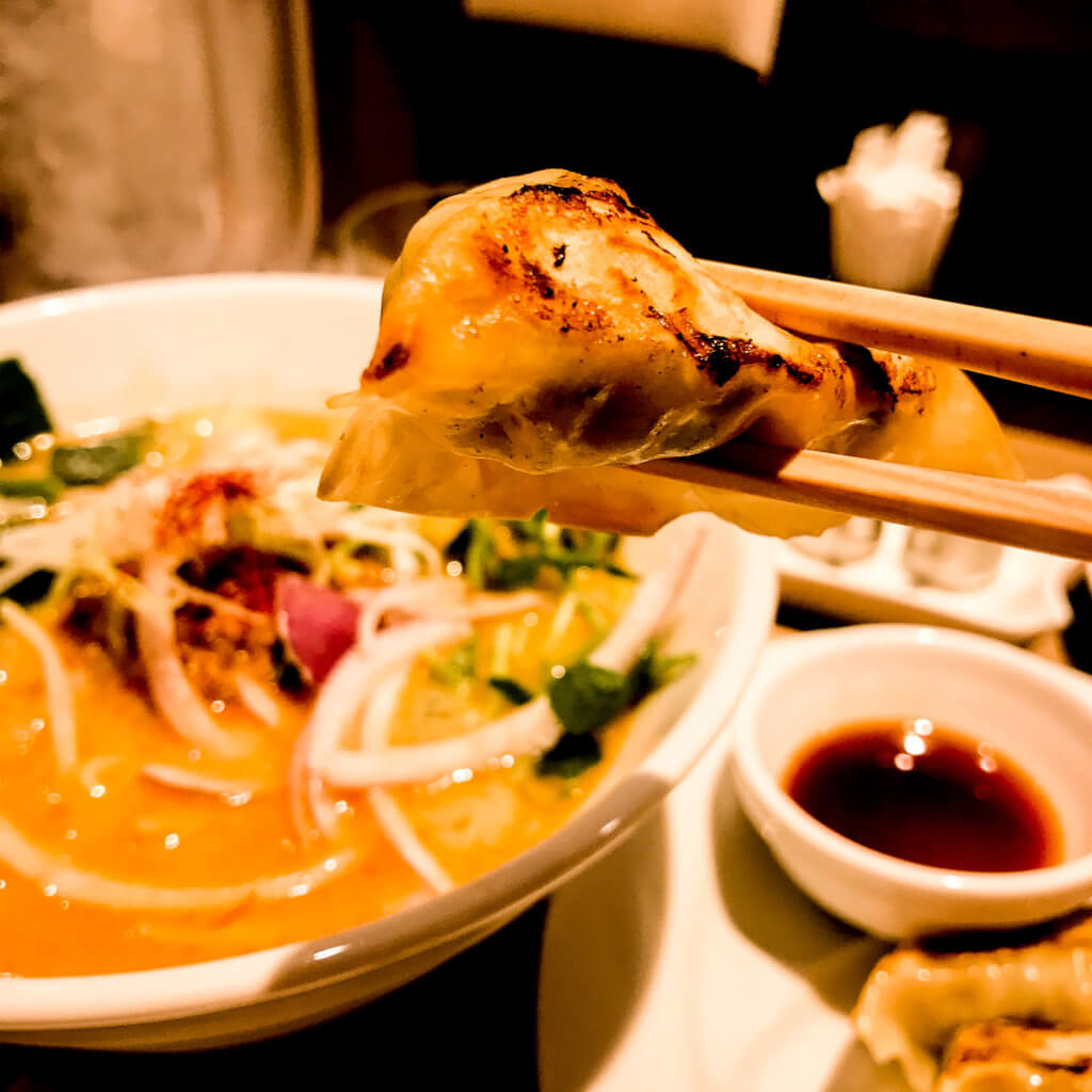 vegan in tokyo: gyoza at t's