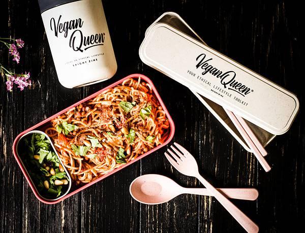 vegan queen set & monbento box