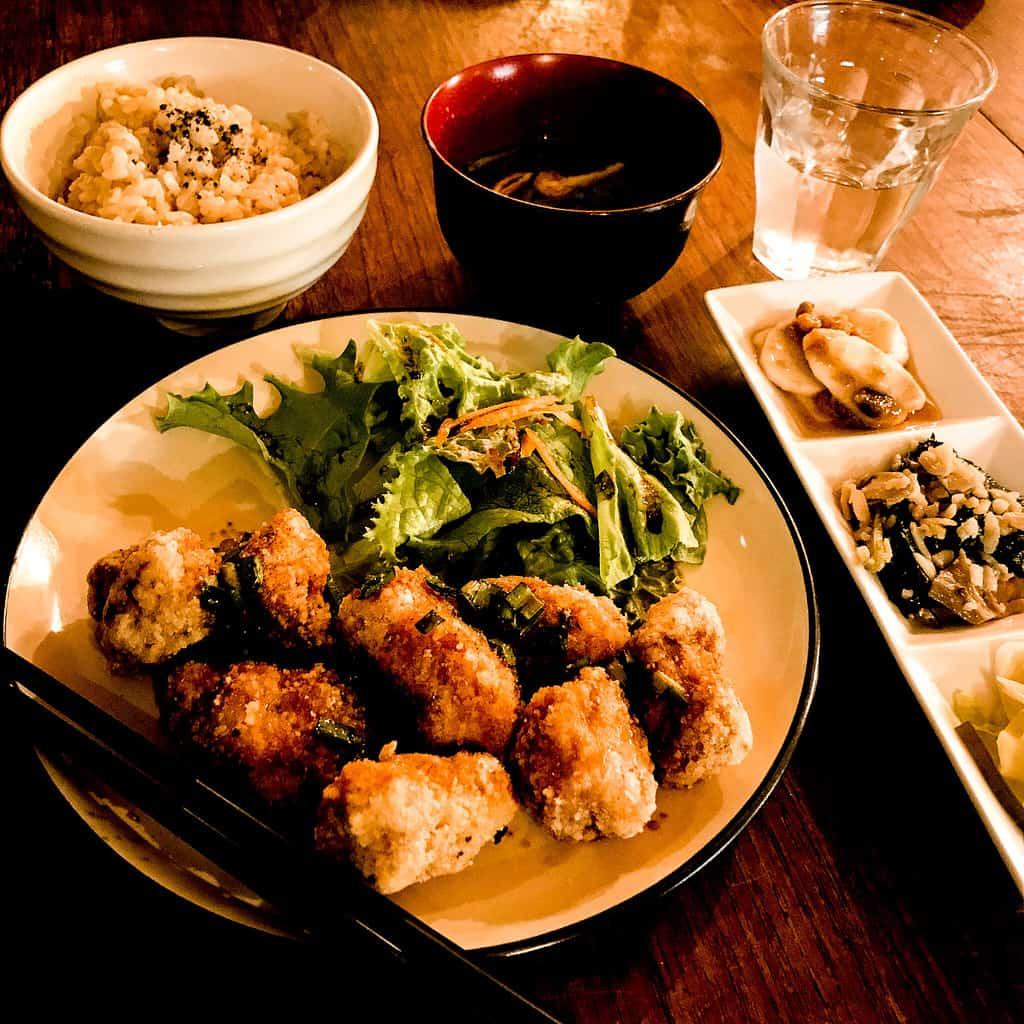 PICTURE OF FOOD AT VEGAN RESTAURANT NAGI SHOKUDO IN TOKYO
