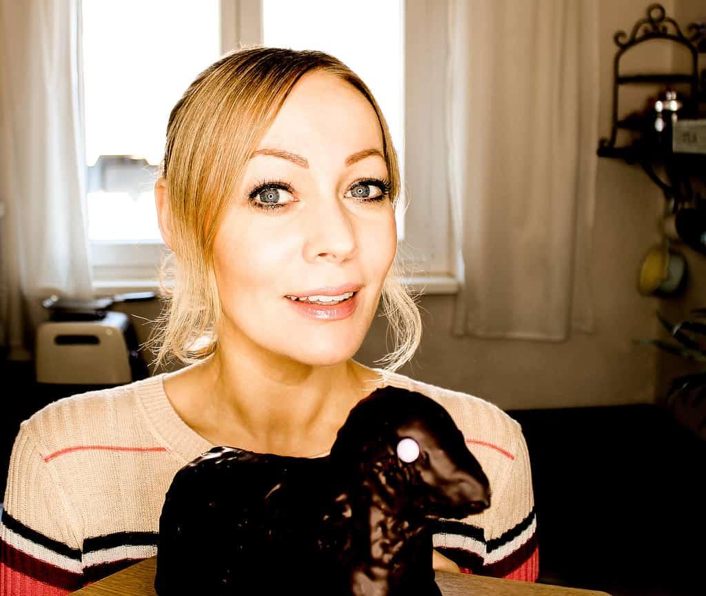 Bild von veganer Schokoladenlamm für Ostern