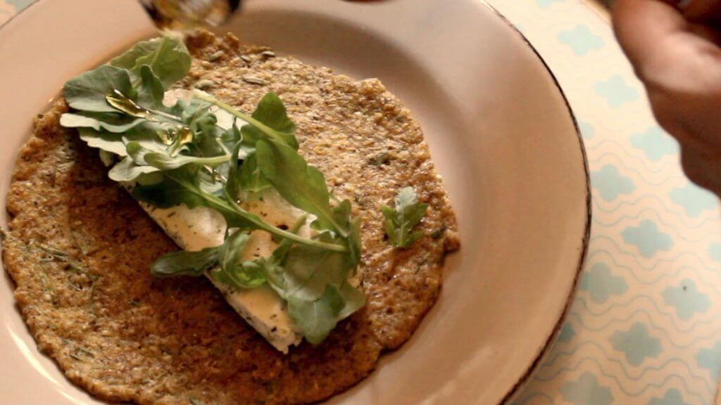 quinoa flatbreads with cashew cheese