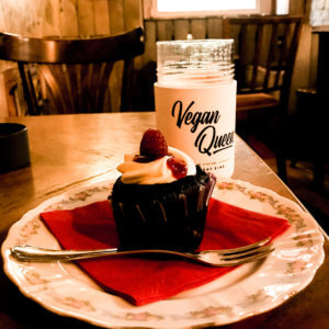 picture of vegan cupcake at ramones museum berlin
