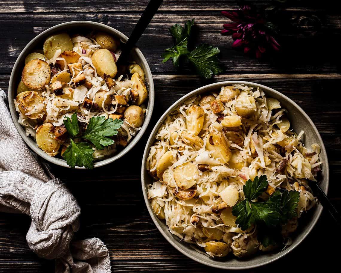 picture of vegan sauerkraut skillet