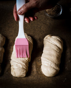 Fluffy pretzel twist baguettes