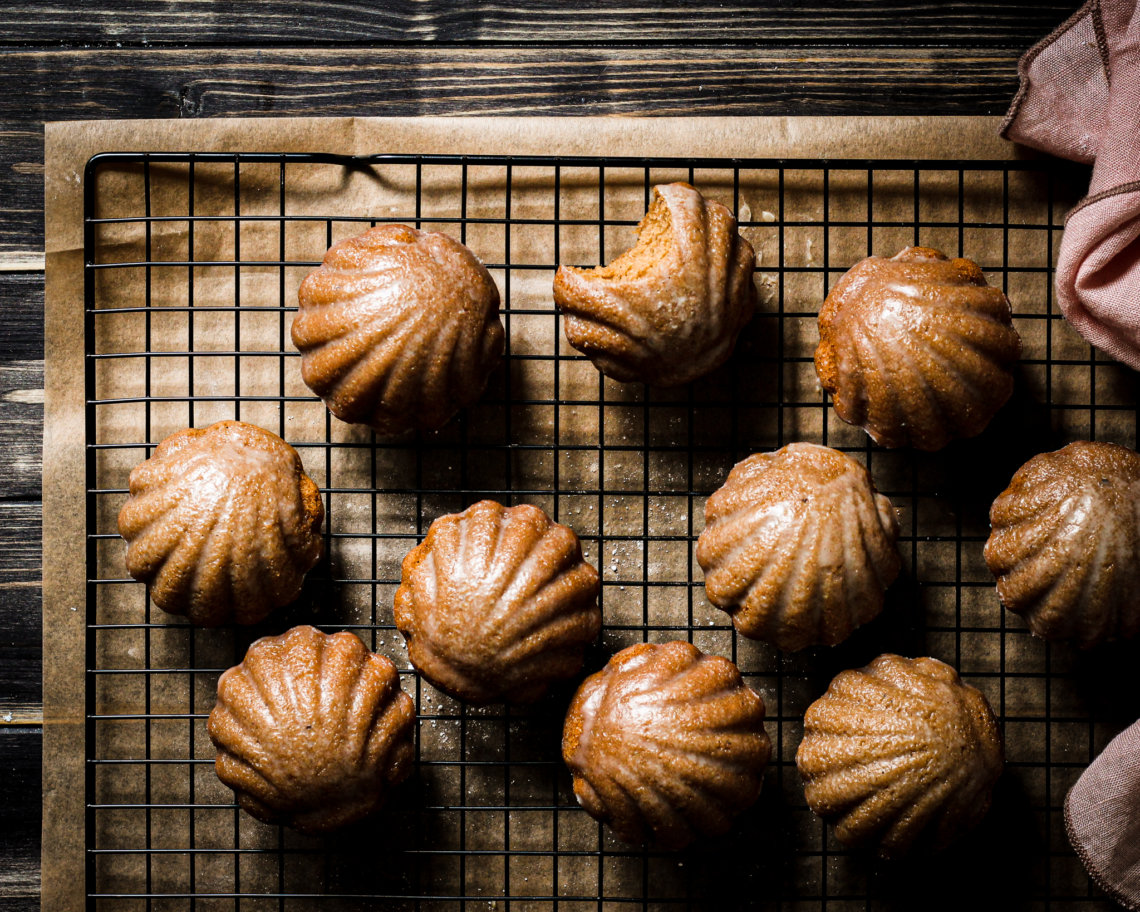 picture of WHITE CHOCOLATE GLAZED CHAI MADELEINES