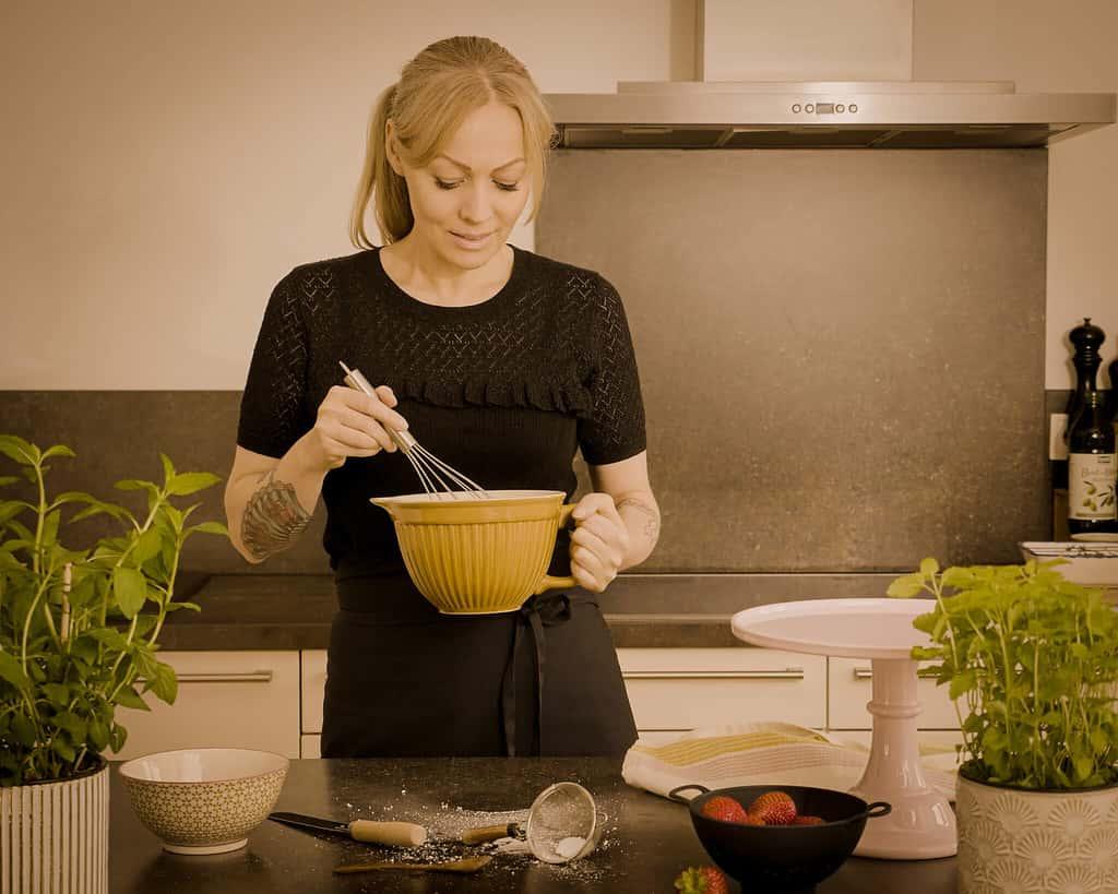 Nina with bowl