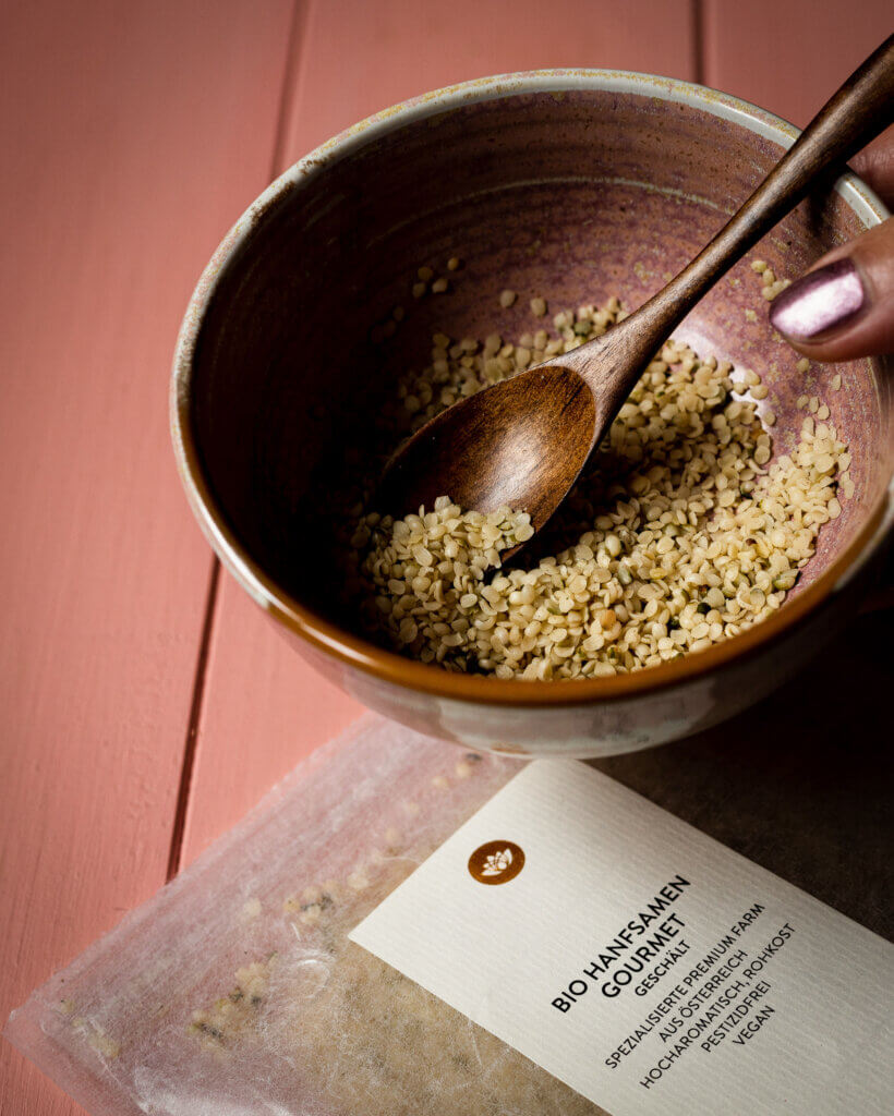 hemp seeds with packaging